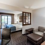 Photo de Holiday Inn Express Hotel & Suites Carpinteria