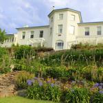 1825 convict-built riverfront mansion