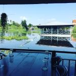 ภาพถ่ายของ ร้านอาหารแพบ้านริมน้ำ