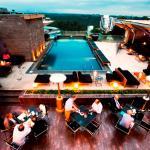 Sarabi, Pool & Rooftop Bar