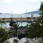 Partial view of the harbour from Akin.