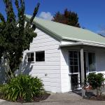 Pauanui Pines Motor Lodge Image