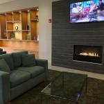 Photo de Holiday Inn Express Hotel & Suites Stamford