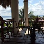 Balcony - La Lancha Lodge Photo