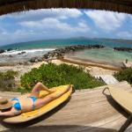 navigationjason.com | Expeditions | Tortuga, BVI.  Cabana and beach at Frenchman's Hotel.