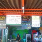 Ari Home Stay & Hot Dog Shop Foto