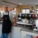Un buen Café en las playas de Salinas, Ecuador al estilo italiano