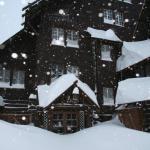 Old Faithful Inn lounge entrance in winter