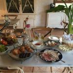 Salon y desayuno con encanto