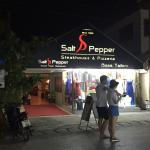 Foto de Salt & Pepper Restaurant Steakhouse  Pizzeria