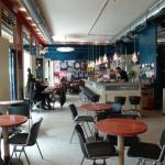 La salle du café Europa