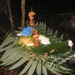 buffet en la selva amazonica amazonian untamed jungle tours.