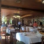 restorán menú bufett, mesas con ubicación asignada