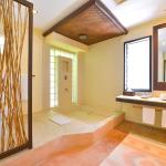 Punta Coco-Bathroom