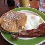 2x2 Breakfast