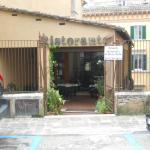 Ristorante Fontanella Di Porta Sole Image