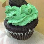 such and amazing moist mint oreo cup cake so good !!