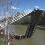 Damaged bridge on the Duero