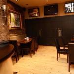 Henrick's Bar