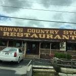 Foto de Brown's Country Store & Restaurant