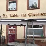 Photo de La table des chevaliers