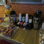 Warm Mineral Springs, Mar 2016 - breakfast offerings