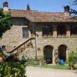 The main house at La Carreccia, a truly Tuscan dream!