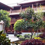 Photo de Lijiang Golden Path Hospitality Hotel