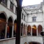 Photo de City Hall (Casa de la Ciutat / Ayuntamiento)