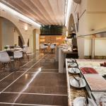 Photo de Catalonia Santa Justa Hotel