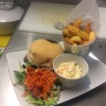 Beautiful home cooked food very delicious alfresco dining on lovely days also dog friendly