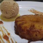 délicieux desserts , ananas rotie