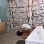 Waschtisch & Badewanne, Zimmer 3