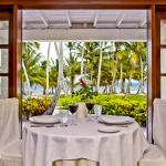 Ocean view dining at Palmilla Restaurant