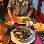 Moules au Roquefort, Galette corsaire et cidre val de Rance !