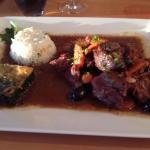 gardianne de taureau + riz + gratin d'épinards