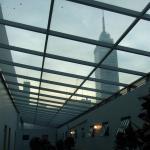 廊下からラテンタワーが見えます