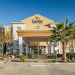Photo de Comfort Inn & Suites Texas Hill Country