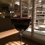 Glas heerlijk wijn ( van het wijn arrangement)