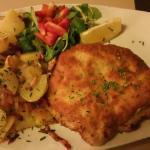 Corden Blu Schnitzel mit brat kartofel