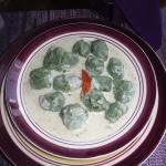 Spinach gnochi with gorgonzola sauce