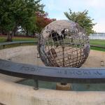 Captain cook memorial globe
