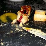 Foie acompañado de mango y torrija caramelizada ñam, ñam, excelente.