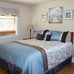 Beachcomber Cabin Bedroom