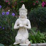 ncie details in the garden
