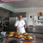 Luciano en cuisine