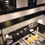 Hampton Inn Chicago reception and lobby