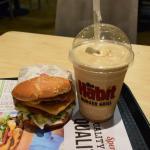 The Habit Burger Grill Foto