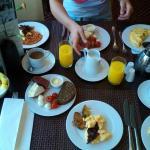 Beim Frühstücken