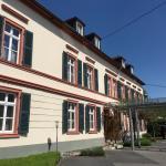 Hoteleingang, Restaurant und Terrasse